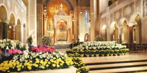 Basilica Sanctuary decorated for Easter