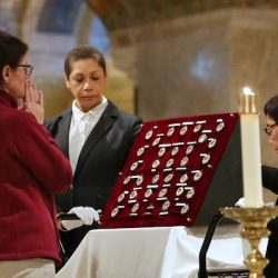 Good Friday at the Basilica: Exposition of the Relics of the Christ's Passion