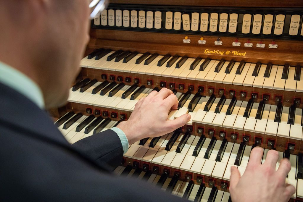Benjamin LaPrairie playing the organ