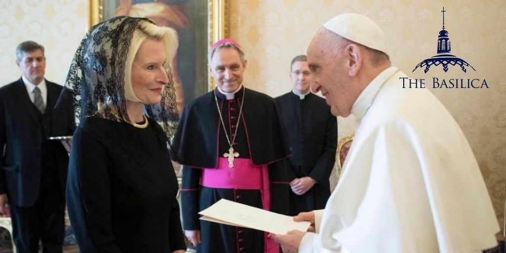Callista Gingrich with Pope Francis