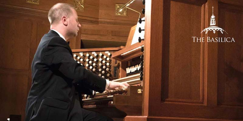 Johann Vexo plays organ at Notre Dame Benefit Concert
