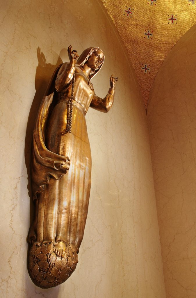 Our Lady of Fatima bronze statue