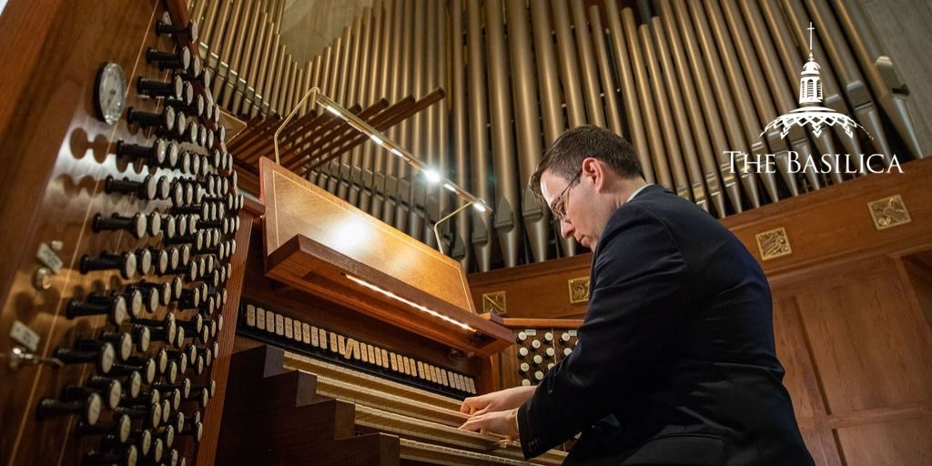 Benjamin LaPrairie playing Basilica organ